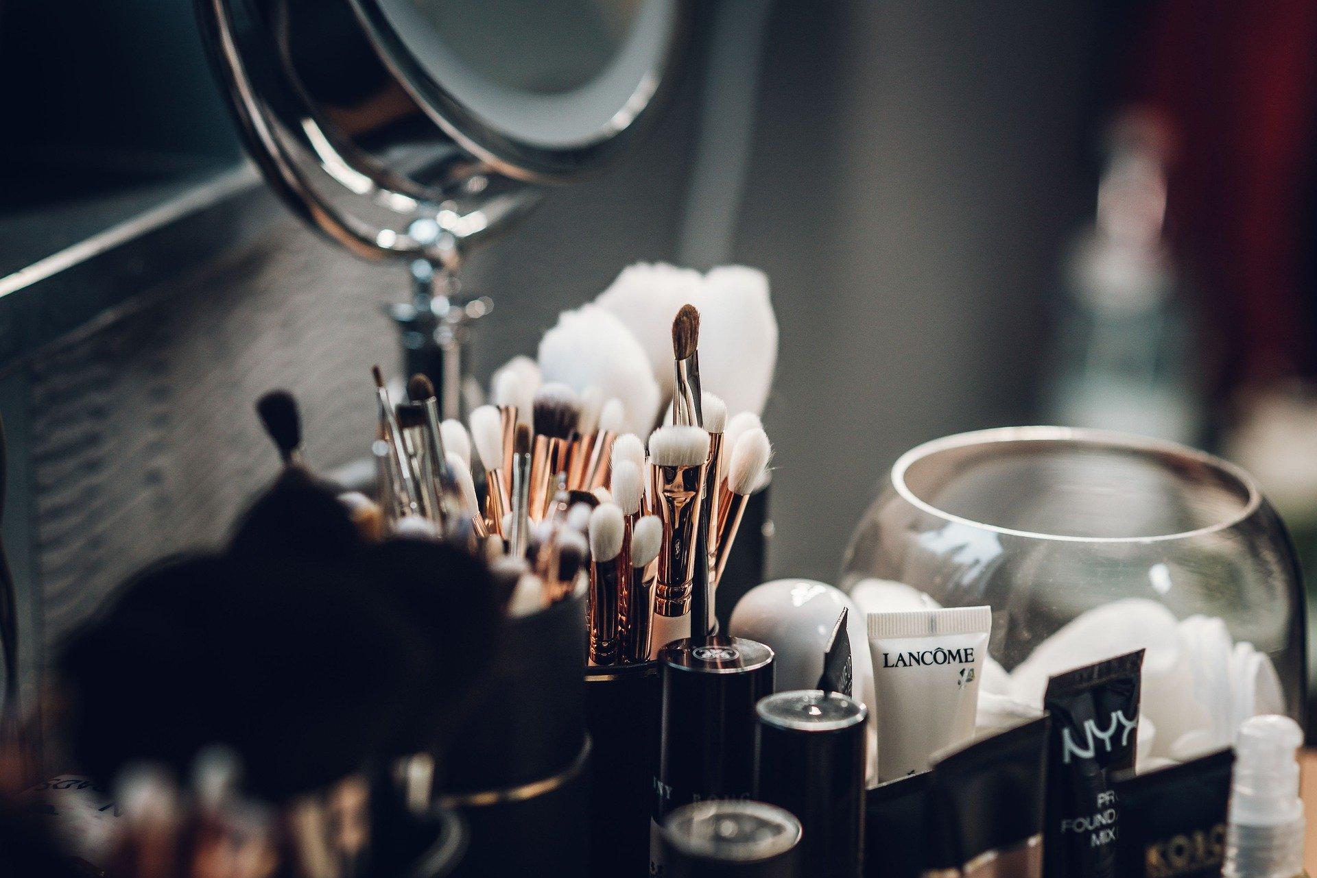 podkład do twarzy kosmetyki wizaż